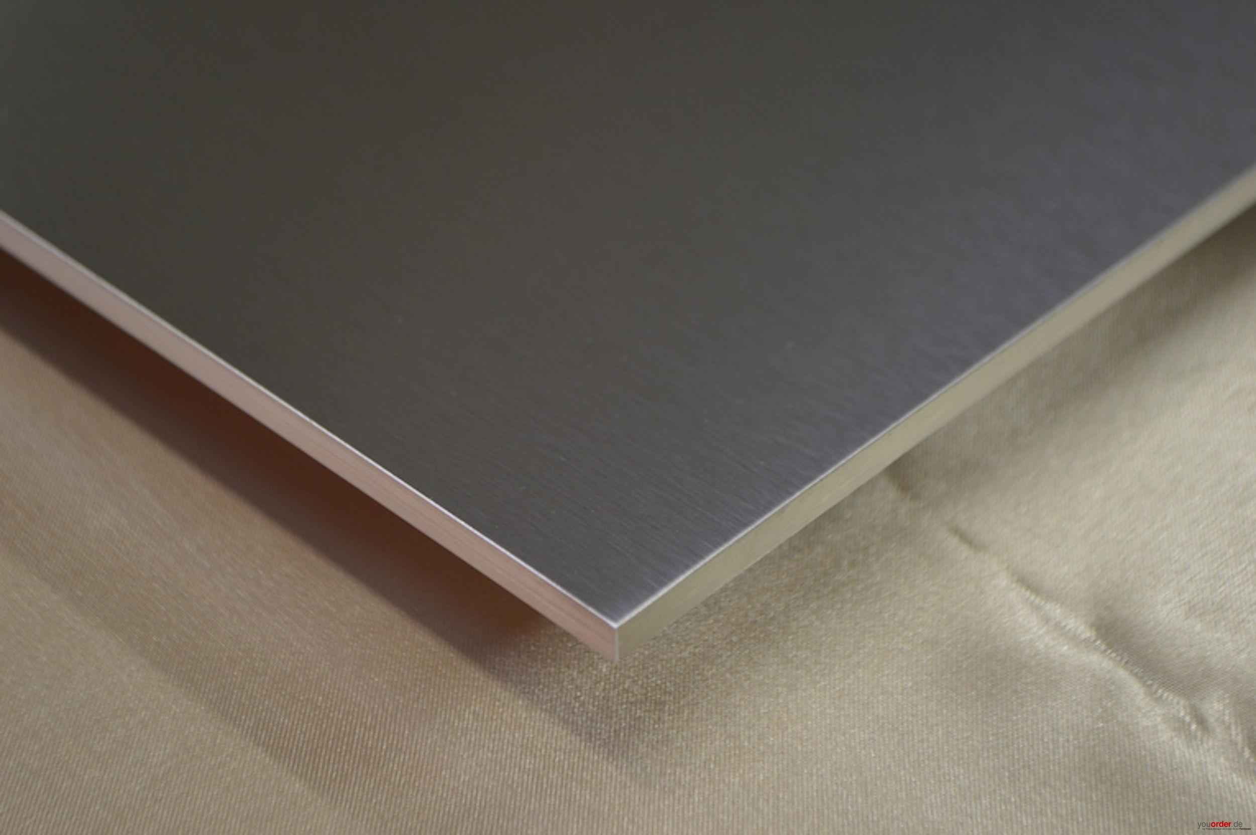 arbeitsplatte edelstahl 5mm massiv geschliffen youorder der partner zwischen hersteller und. Black Bedroom Furniture Sets. Home Design Ideas